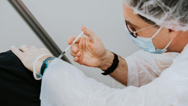 Podcast - Očkovanie proti COVID-19 u pacientov so sklerózou multiplex